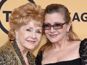 Mother and Daughter Debbie Reynolds and Carrie Fisher